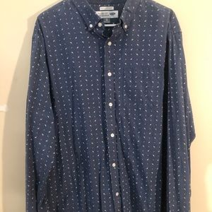 Old Navy patterned button down shirt
